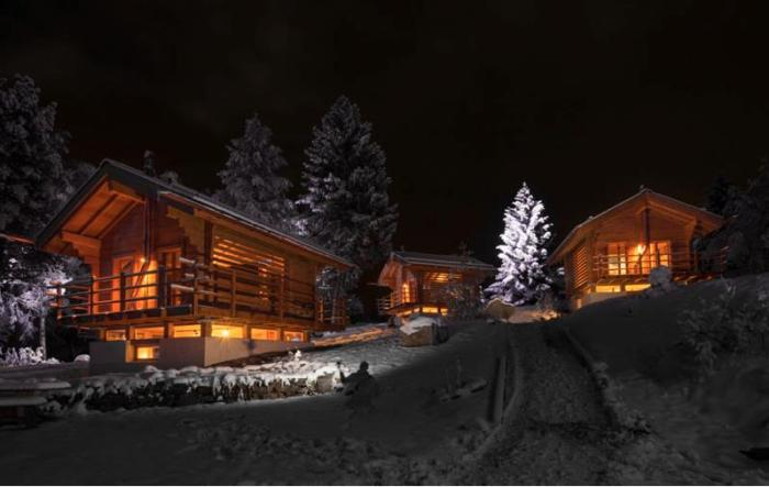 Alpes et caetera by night